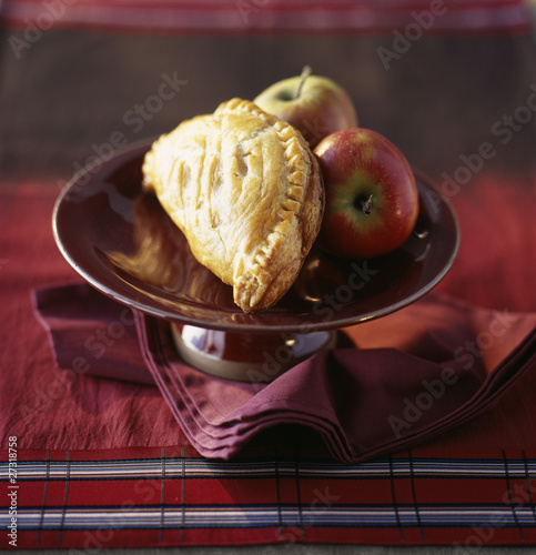 apple and dried fruit turnover