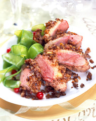 Duck magret with chestnut crust