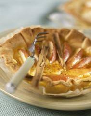 Apple and cinnamon tartlet
