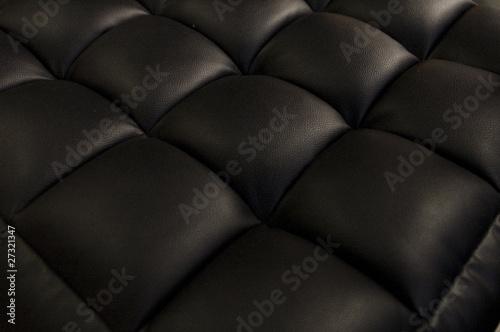 Coussinets de cuir noir en perspective