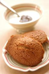 chestnut madeleine sponge cakes
