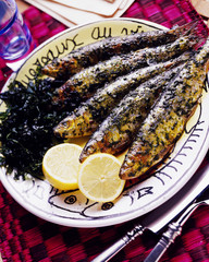 barbecued hot and spicy sardines and fried coriander