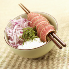 duck fillet with rice and onions