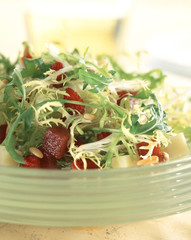 Endive and fruit salad