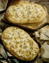 Roquefort pizza
