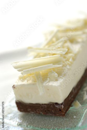 White and dark chocolate cake