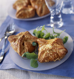 Puff-pastry cheese pies