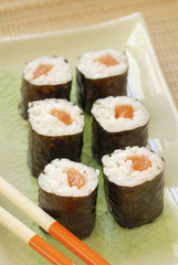 Salmon Makis