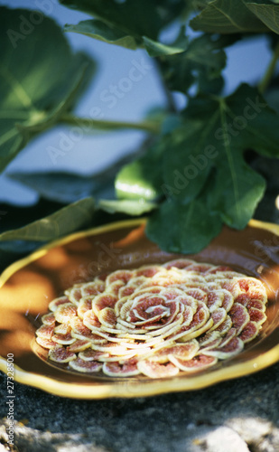 Fig carpaccio
