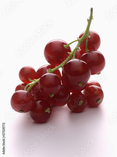 Small bunch of redcurrants