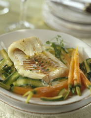 Cod fillet with carrots and zucchinis