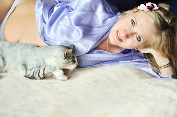 pregnant woman with her cat