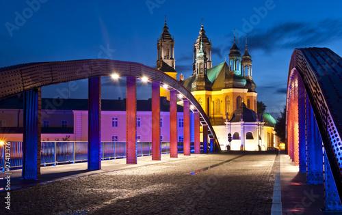 Zdjęcia na płótnie, fototapety, obrazy : most świętego Jordana w Poznaniu z katedrą w tle