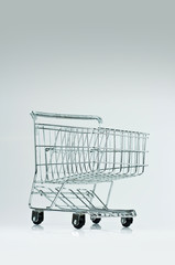 Metal wire shopping cart