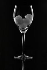 Weinglas mit Eiswürfel