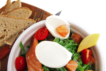 salad with smoked salmon and bread