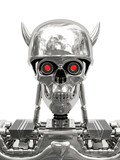 Kovový kyborg v helme s rohmi