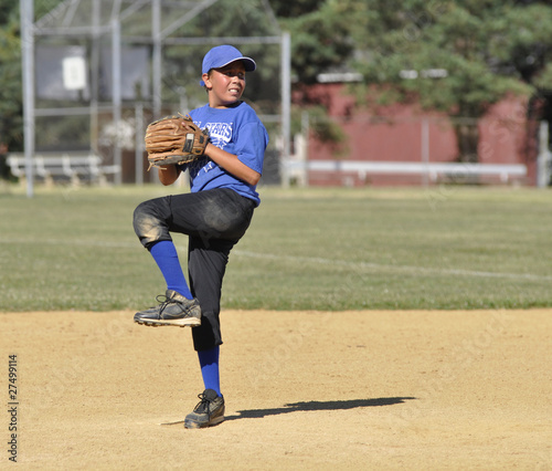 little league baseball pitcher