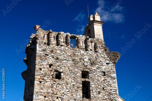 Tour carré du village de Furiani en Corse