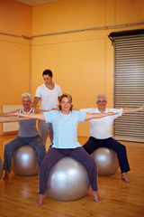 Rückentraining im Fitnessstudio