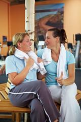 Frauentratsch nach Fitnesstraining