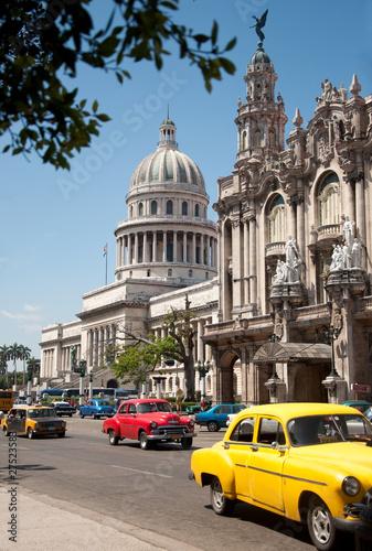 Poster Cubaanse oldtimers Havana Capitolio, Cuba