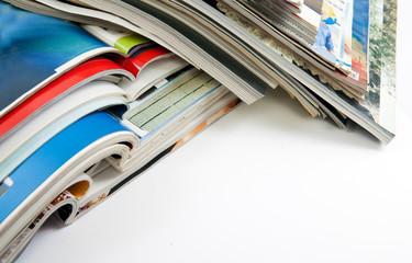 detalle de revistas y libros