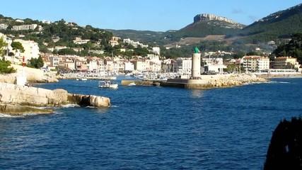 Sortie du port de Cassis