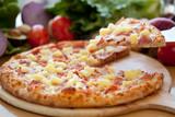 Fototapety Hawaiian Pizza lifted slice 2