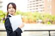 女性 20代 ビジネスウーマン ビジネスイメージ
