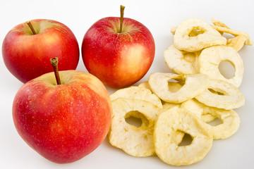 Äpfel mit Apfelringen