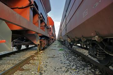 treno merci in sosta