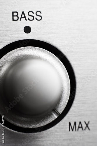 Bass knob on hifi amplifier