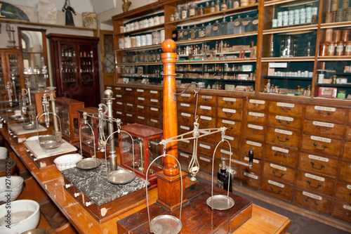 Interior of an ancient drugstore - 27652726