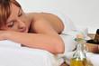 schöne Frau bei der Massage