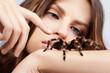 Leinwanddruck Bild - girl with spider
