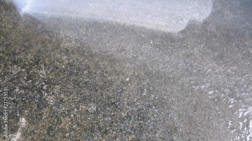 Pressure cleaning a dirty old driveway