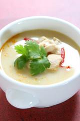 Tom Kha (Thai Chicken Coconut Soup)