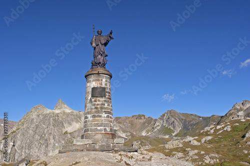Statue auf dem Grand St-Bernard - 27788381