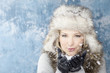 winter frau frozen cristalls