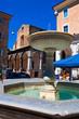 Leinwanddruck Bild - Fontana nel centro storico di Urbino
