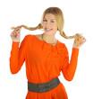 Schöne junge Frau mit langen Haaren und Zöpfen