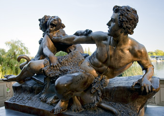 Fighting wild beasts, sculpture in Schwerin