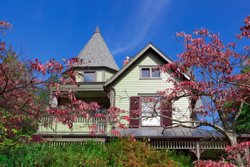 Suburban Maryland Single Family House Home Victorian Queen Anne