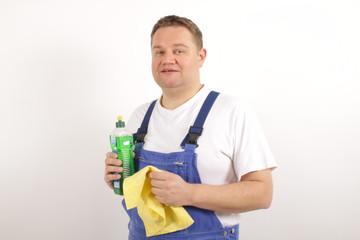 Eine motivierte Reinigungskraft