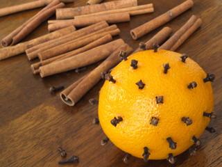 pomarańcza i cynamon na święta