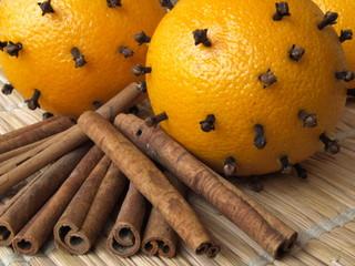 cynamon i pomarańcze