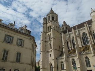 façade de la cathédrale Saint Bénigne à dijon