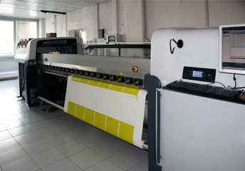Digital press printing - wide format