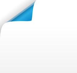 Blatt mit blauer Ecke